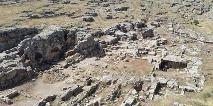 Perre Antik Kenti'nde kazı çalışmalarına 11 yıl sonra yeniden başlandı