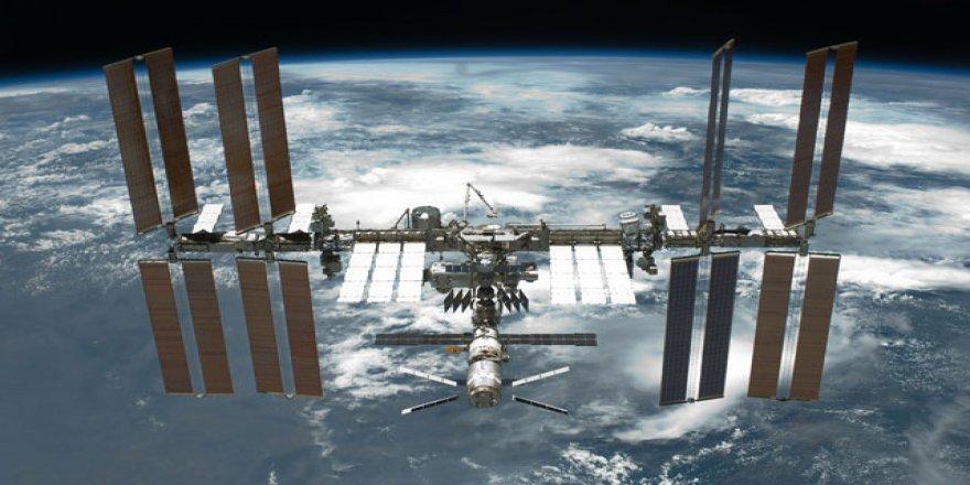İlk insanlı uzay uçuşu 60 yıl önce yapıldı