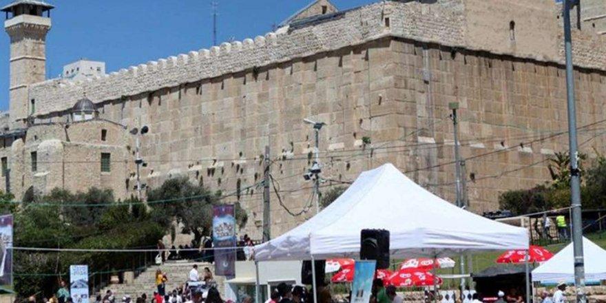 İşgalci İsrail, Hazreti İbrahim Camisinde iki gündür namazı yasakladı