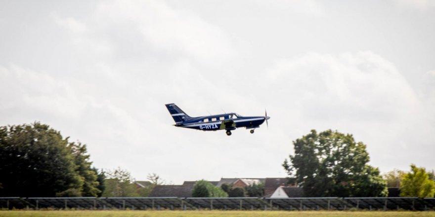 Dünya'nın ilk hidrojen yakıtlı elektrikli uçağı ilk kalkışını yaptı
