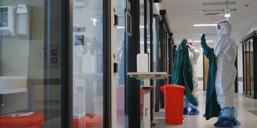 Türkiye'de son 24 saatte 1412 kişiye Kovid-19 tanısı konuldu