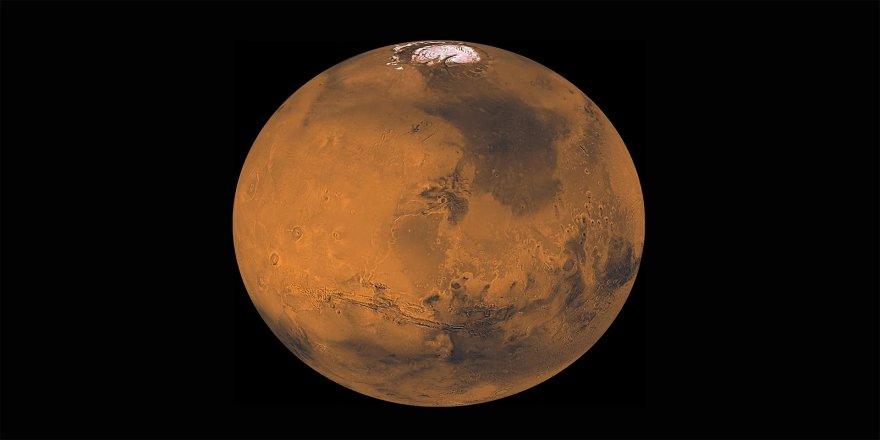 Bilim insanları, Mars'ın yüzeyinin altında birçok göl keşfetti