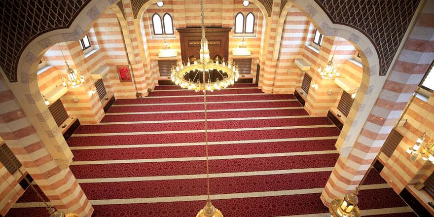 Fas'ta din adamları haykırdı: Yeter artık camileri açın!