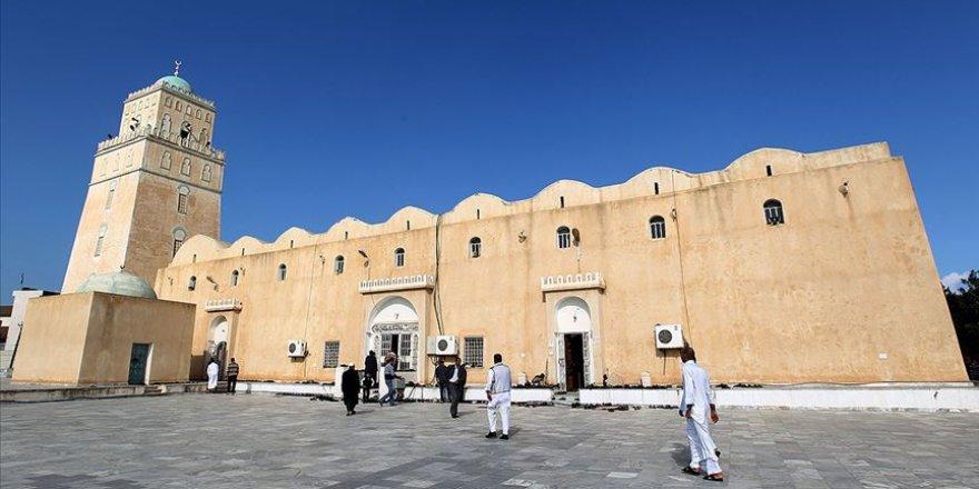 Libya'da camiler 7 ay sonra ibadete açılıyor