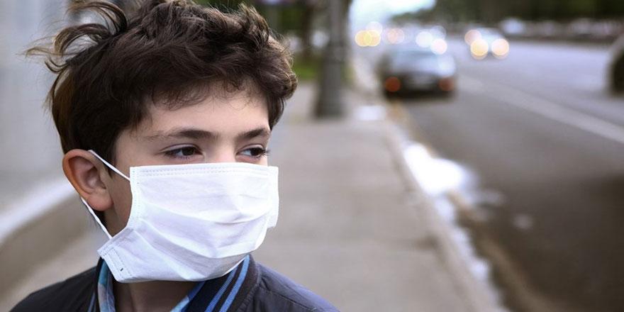 Kapalı alanda 15 dakika maskesiz kalmak Kovid-19 riskini artırıyor