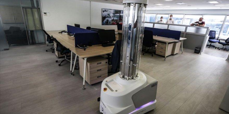 Dünya Ekonomik Forumu'ndan '2025'e kadar işlerin yarısını makineler yapacak' öngörüsü
