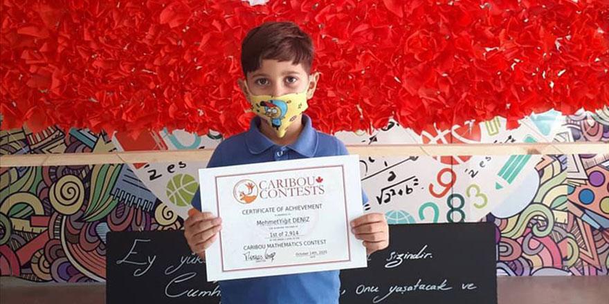 İlkokul 2. sınıf öğrencisi Mehmet Yiğit matematikte dünya birincisi oldu