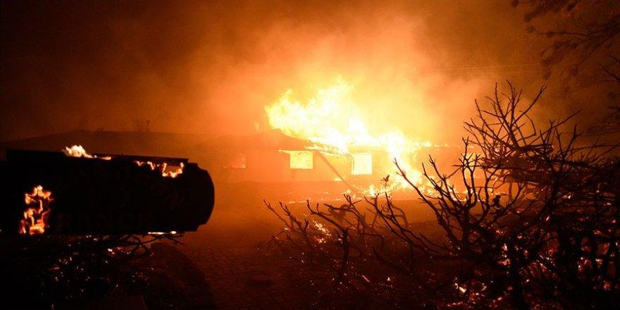 Güney California'da yangınlar nedeniyle 100 binden fazla kişi için tahliye emri