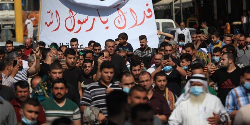 Macron'un İslam karşıtı tutumu Filistin'de protesto edildi