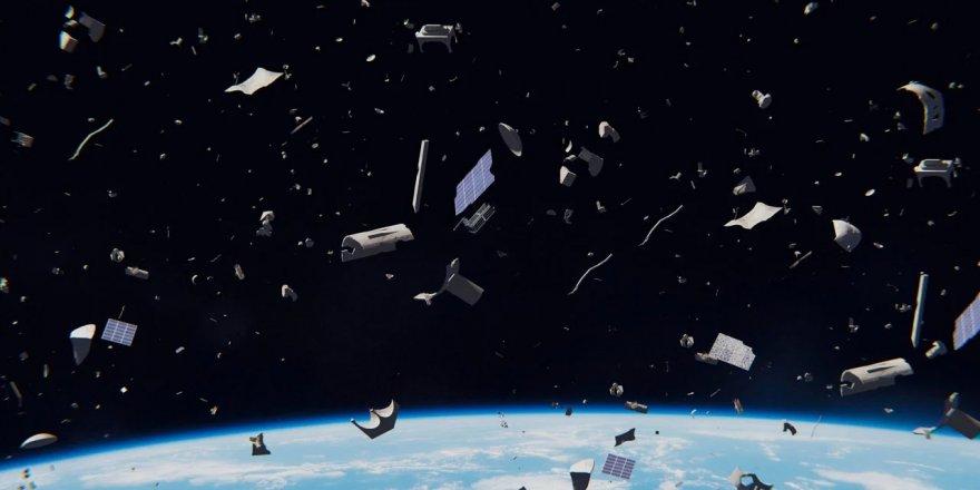 Avrupa Uzay Ajansı, 2025 yılında uzay çöpünü temizlemek için bir göreve imza atacak