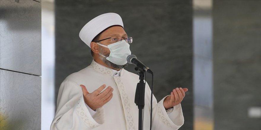 Diyanet İşleri Başkanı Ali Erbaş: Kovid-19 testim pozitif, dualarınızı bekliyorum