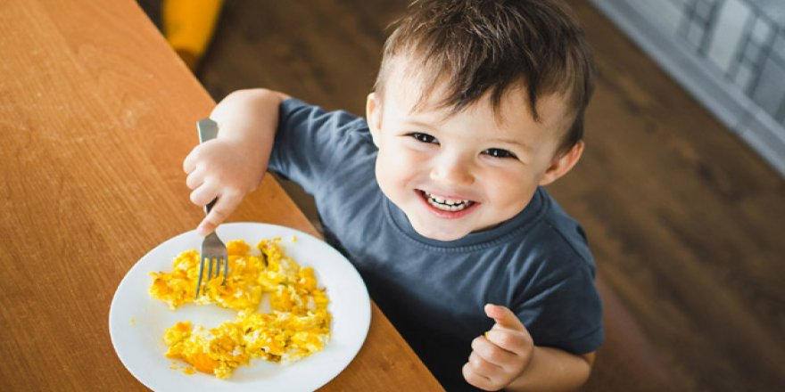 Kovid-19'a karşı çocukları doğru beslenmeyle koruyun