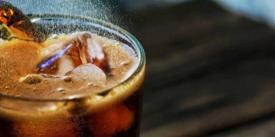 Asitli içecekler, vücudumuzu harabeye çeviriyor