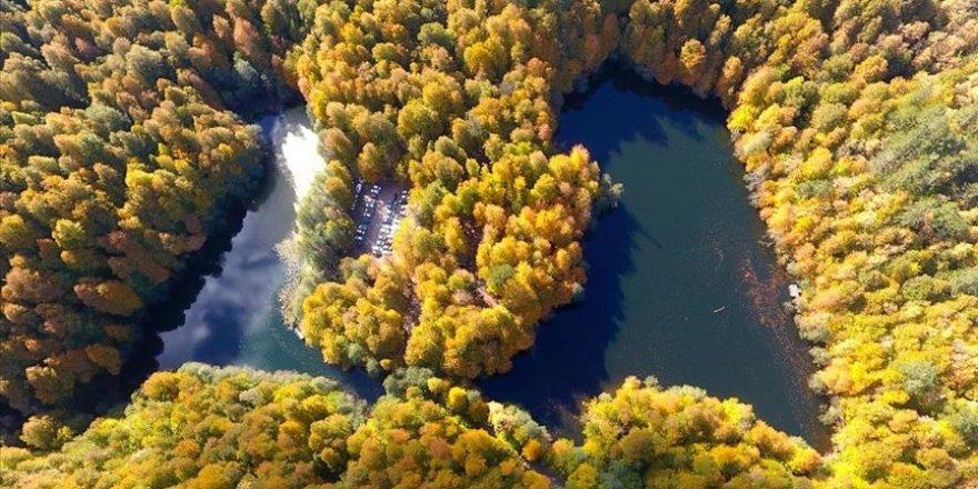 Yedigöller ve Gölcük sonbahar görüntüsüyle tefekküre çağırıyor
