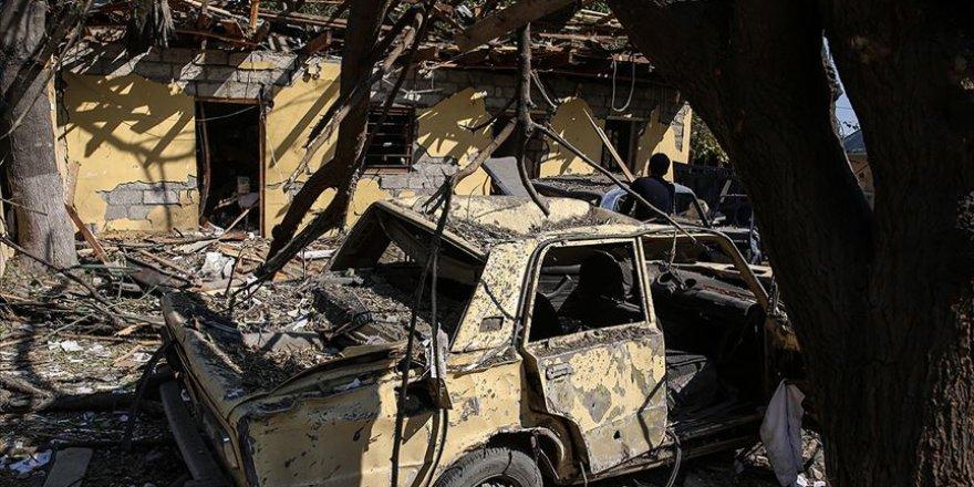 Ermeniler Kelbecer'deki son günlerinde evleri ve ormanlık alanları ateşe verdi