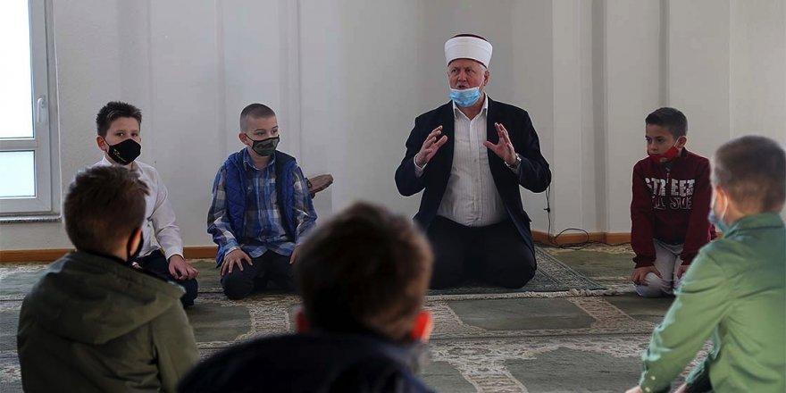 Asırlardır süren mektep geleneği Bosna Hersek'te dini eğitimin temelini oluşturuyor