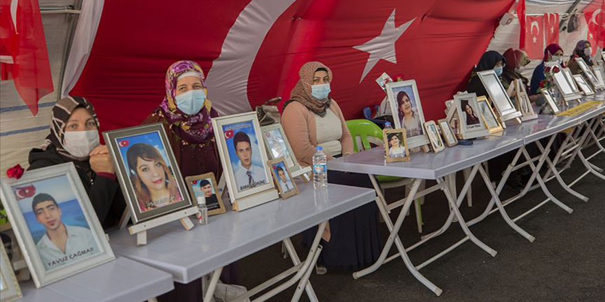 Evlat nöbeti tutan ailelerin umutlu bekleyişleri 592'nci gününde devam ediyor