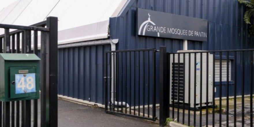 Fransa bir camiyi daha kapattı