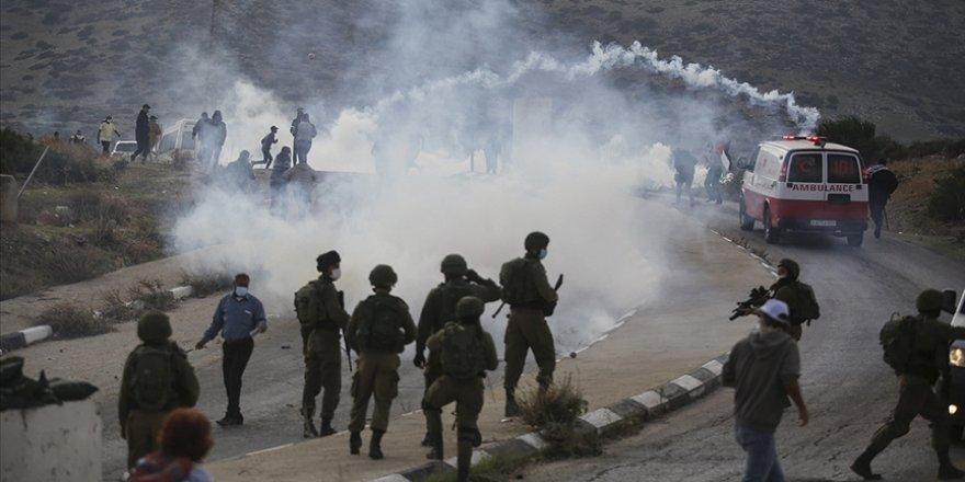 İsrail askerlerinin Filistin Kızılayı ambulans ekibine saldırısı endişe verici
