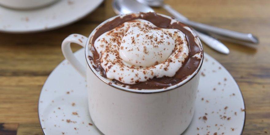 Yeni bir araştırma, sıcak çikolata içmenin beyne yararlı olduğunu ortaya koydu