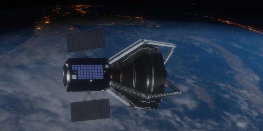 ESA, uzay çöplerini temizlemek için yörüngeye dev bir pençe gönderecek
