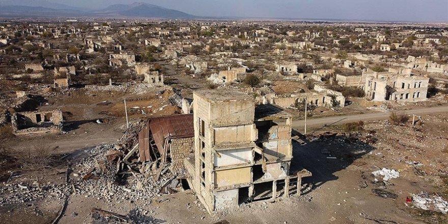 Yıllarca acının simgesi olmuş Dağlık Karabağ'da 'yeni dönem' başladı