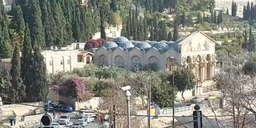 Fanatik Yahudi Kudüs'te kilise yakma girişiminde bulundu