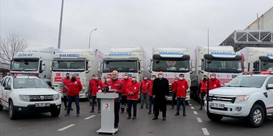 Türk Kızılay'ın Azerbaycan ve Bosna Hersek'e insani yardım taşıyan tırları yola çıktı