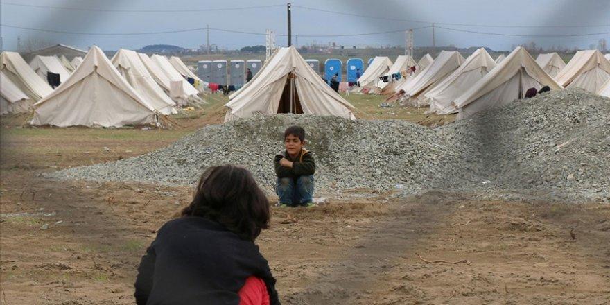 Yunanistan'da mülteci çocuklara ırkçı saldırı