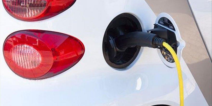 Tam kapanma döneminde elektrikli ve hibrit araçlar için şarj uyarısı