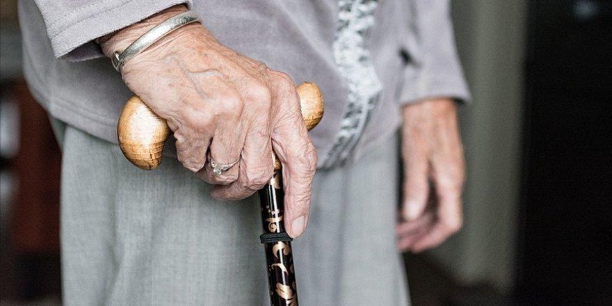 Yaşlılarda aşıya uyma oranı yüzde 75'lerde