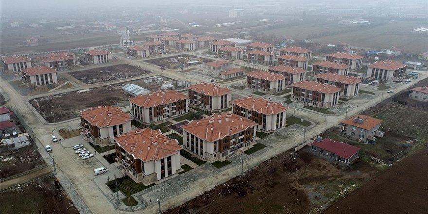Elazığ'da depremzedeler için yapılan 8 bininci konutu yarın teslim edeceğiz