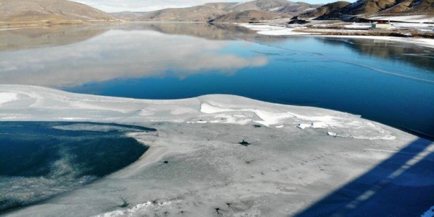 Soğuk hava gölet ve akarsuları dondurdu