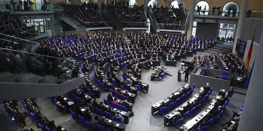 Almanya'nın solcuları Müslümanları Meclis'te böyle savundu