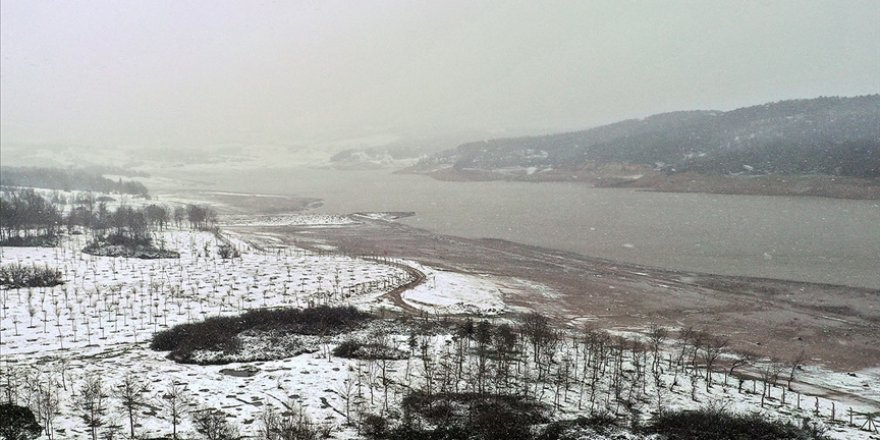 Kar yağışıyla İstanbul'un barajlarındaki su seviyesi yüzde 30'a yükseldi