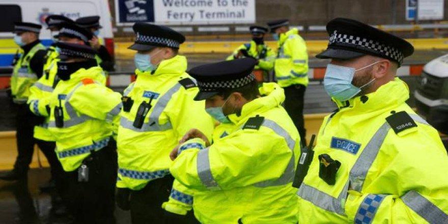 İngiltere'de yüz binlerce polis kaydı hatayla silindi