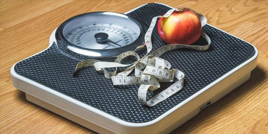 Obezite hem yetişkinler hem de çocuklar için büyük bir tehdit