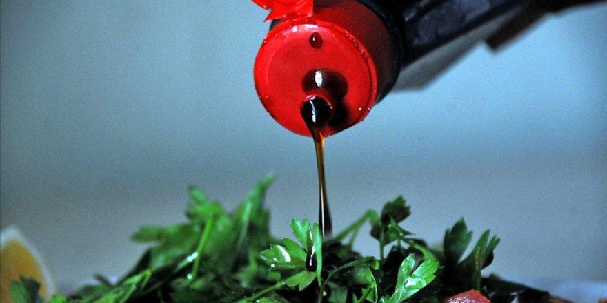 Gıda mühendislerinden nar ekşisi izlenimi veren sosların yasaklanmasına destek