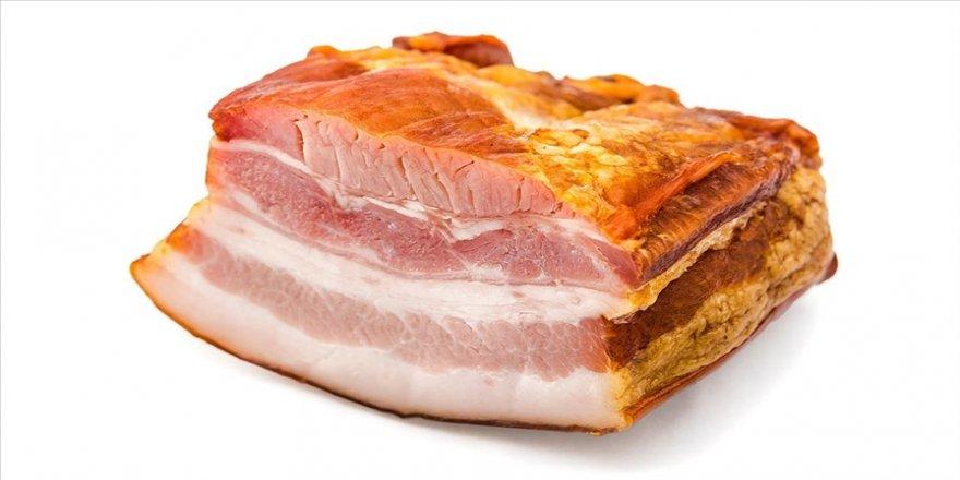 Kanadalı bilim insanları, laboratuvar ortamında yağ ve kas hücrelerinden oluşan et türü geliştirdi