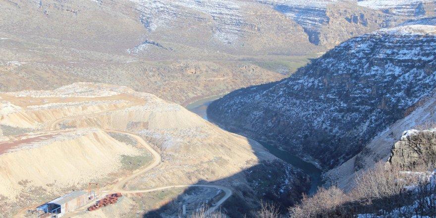 Diyarbakır'ın verimli topraklarını suyla buluşturacak barajlar törenle açıldı