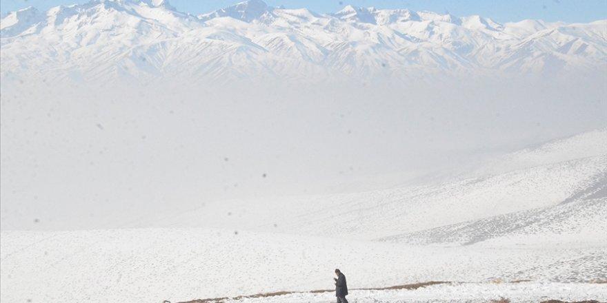Sıcaklığın artmasıyla kar erimesi beklenen Erzurum ve Ağrı için çığ uyarısı