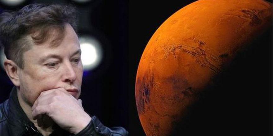 Elon Musk, Twitter profilinde kendini Mars'ın imparatoru ilan etti