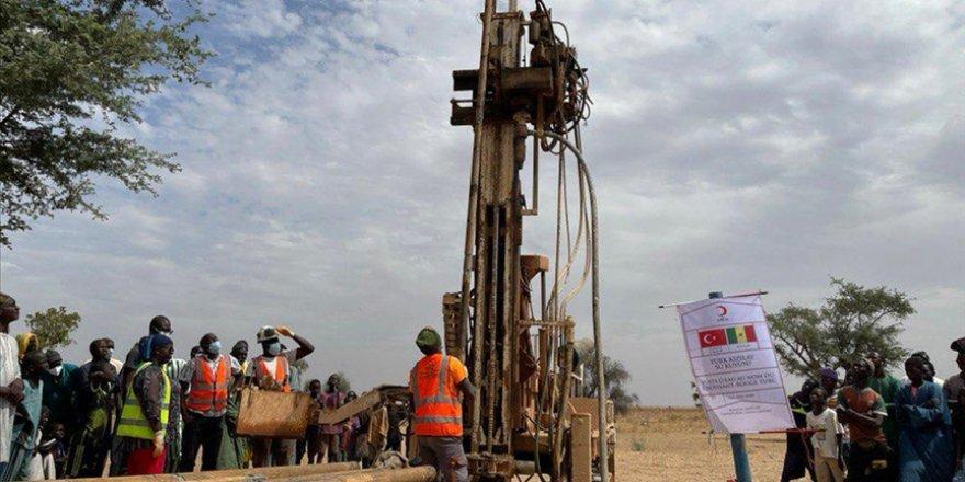 Türk Kızılay Senegal Delegasyonu'ndan ülkenin en büyük ikinci kentine su kuyusu