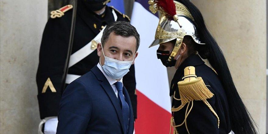 Fransa içişleri bakanı: Mevcut yasalarla ancak 17 cami kapatabildik!