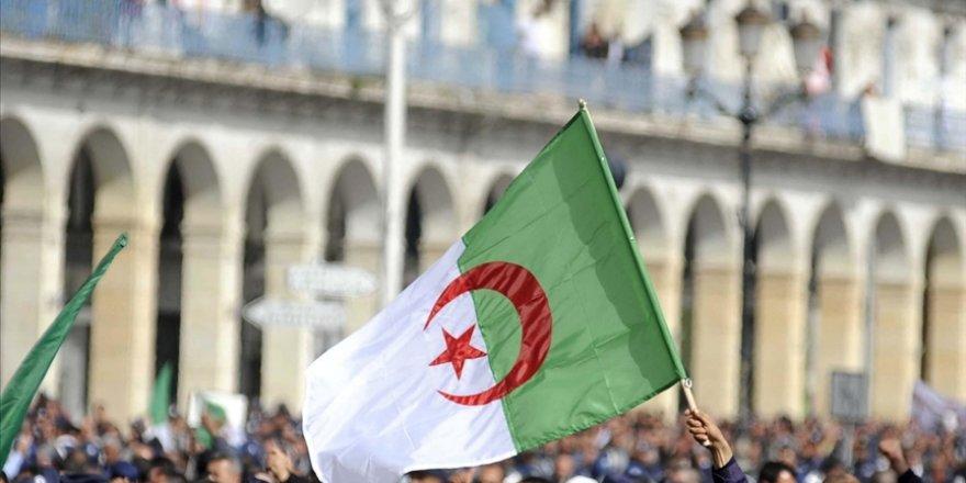 Cezayir Alimler Birliği: Halk Osmanlıları sevmişti Fransa'dan ise nefret ediyor