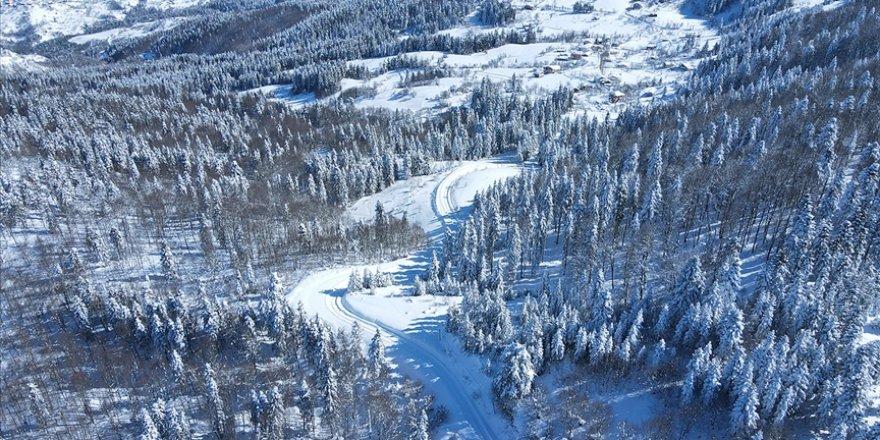 Karla kaplı Küre Dağları görsel şölen sunuyor