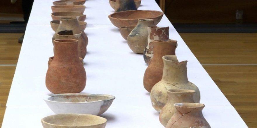 Kazakistan'da Saka dönemine ait bine yakın eser bulundu
