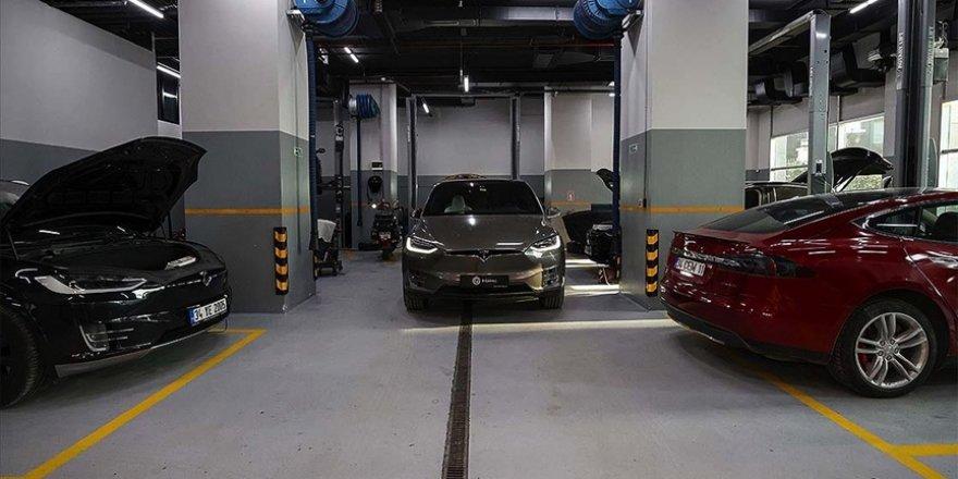 Türkiye'nin ilk elektrikli otomobil servisi yurt dışından araçlara da hizmet veriyor