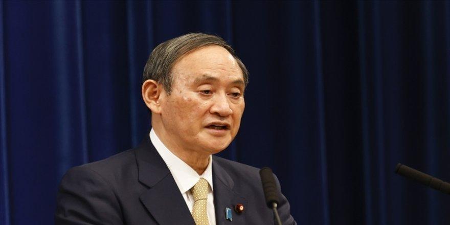 Japonya'da, siyasetçinin oğlundan hediye alan bürokratlara ceza verildi