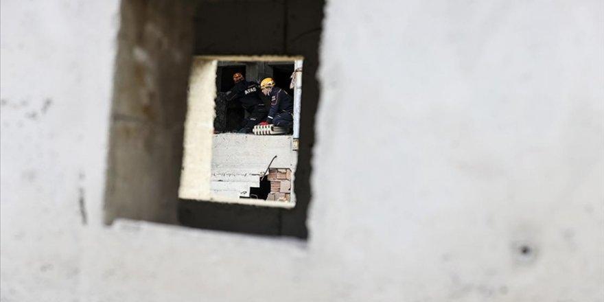 AFAD deprem sonrası ilk 6 saate yapılması gerekenlere ilişkin bilgi verdi